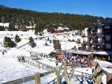Skiing at Puyvalador resort